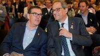 El candidat de JxCat per Girona al Congrés, Jordi Cuevillas, i el president Quim Torra durant el míting celebrat a Roses