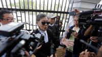 Khin Maung Zaw, advocat dels periodistes de Reuters Wa Lone i Kyaw Soe Oo, parla amb els mitjans després de la vista d'apel·lació d'ahir