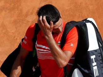 Djokovic surt de la pista després de la seva derrota