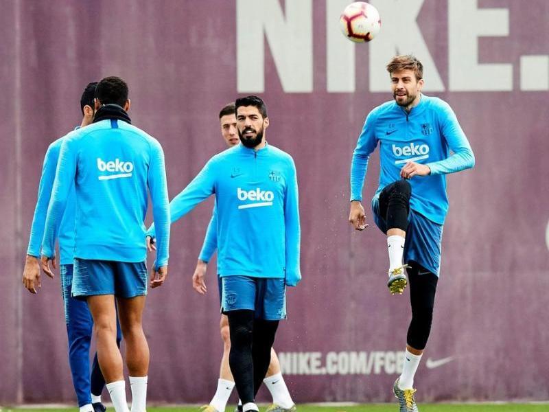 Els jugadors del FC Barcelona en l'entrenament previ al partit contra l'Alavés