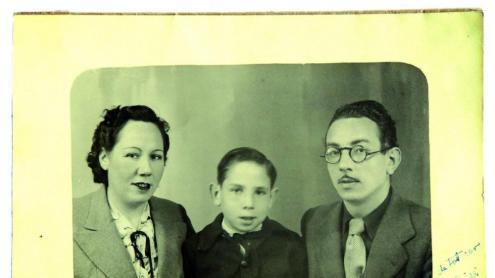 Artur Bladé i Font, amb els seus pares