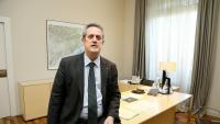 Joaquim Forn al despatx del departament d'Interior