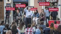 Maragall, adreçant-se ahir als joves que van omplir la plaça del Sol del barri de Gràcia