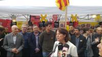 Membres de la candidatura d'Eines de País, en una imatge de la diada de Sant Jordi