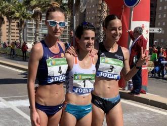 Raquel González, a l'esquerra, en una imatge d'arxiu amb Laura Garcia-Caro, a la dreta