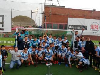 Els jugadors de l'Egara celebren la lliga