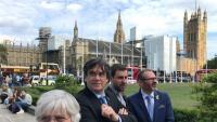 Clara Ponsatí, Carles Puigdemont, Toni Comín i Josep Costa, ahir a Londres