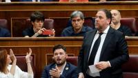 Junqueras, en l'acte d'acatament al Congrés, aplaudit per Telechea i Rufián