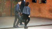 Oriol Pujol sortint de la presó de Brians 2 el 29 de març