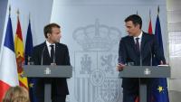 El president del govern espanyol, Pedro Sánchez, i el president de la República francesa, Emmanuel Macron, junt el juliol del 2018