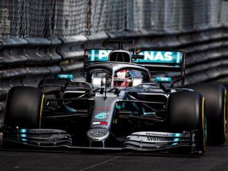 Hamilton, en el túnel del circuit urbà de Mónaco