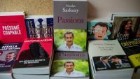 L'últim llibre de Sarkozy, 'Passions', exposat per a la venda en una llibreria de París