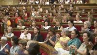 Una imatge insòlita de l'hemicicle només amb dones, en motiu del Parlament de les Dones fa menys de dos anys