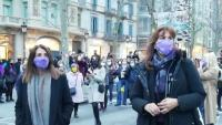 Tot tipus de pancartes es van poder llegir amb lemes feministes, pancartes que també va ensenyar Pere Aragonès, que hi va ser entre altres polítics com Meritxel Budó i Laura Borràs